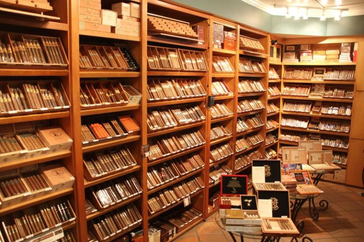 Cigarshophumidor-LoneWolfSantaMonicaCalifornia-56b8c2975f9b5829f83ee8d6.jpg